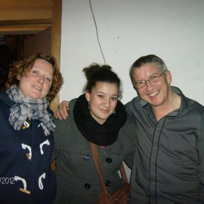 Gisèle Mariette et moi entourons Clémentine - 17 février 2012